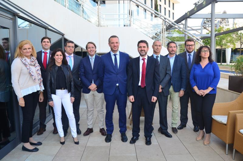 Joaquín Segado asegura que una nueva central de contenedores competitiva en Cartagena podría generar 30.000 puestos de trabajo en el futuro
