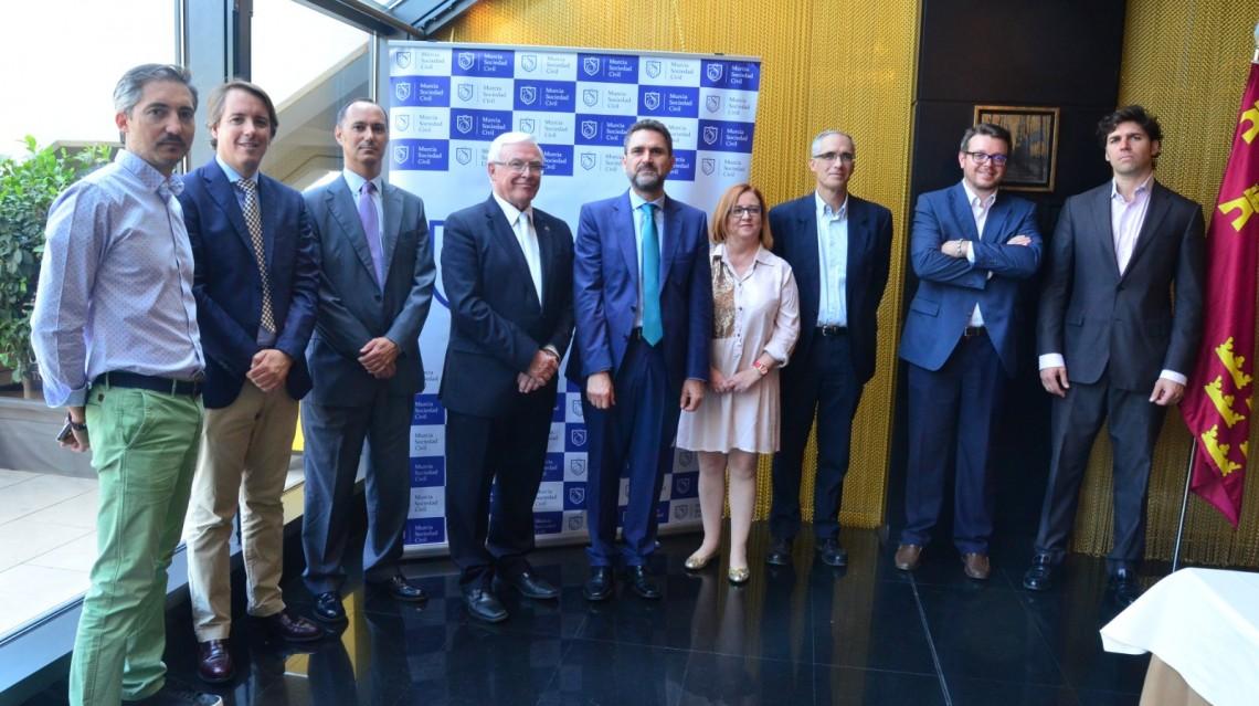 El presidente del CES ha analizado con Murcia Sociedad Civil el escenario socio-económico de la Región